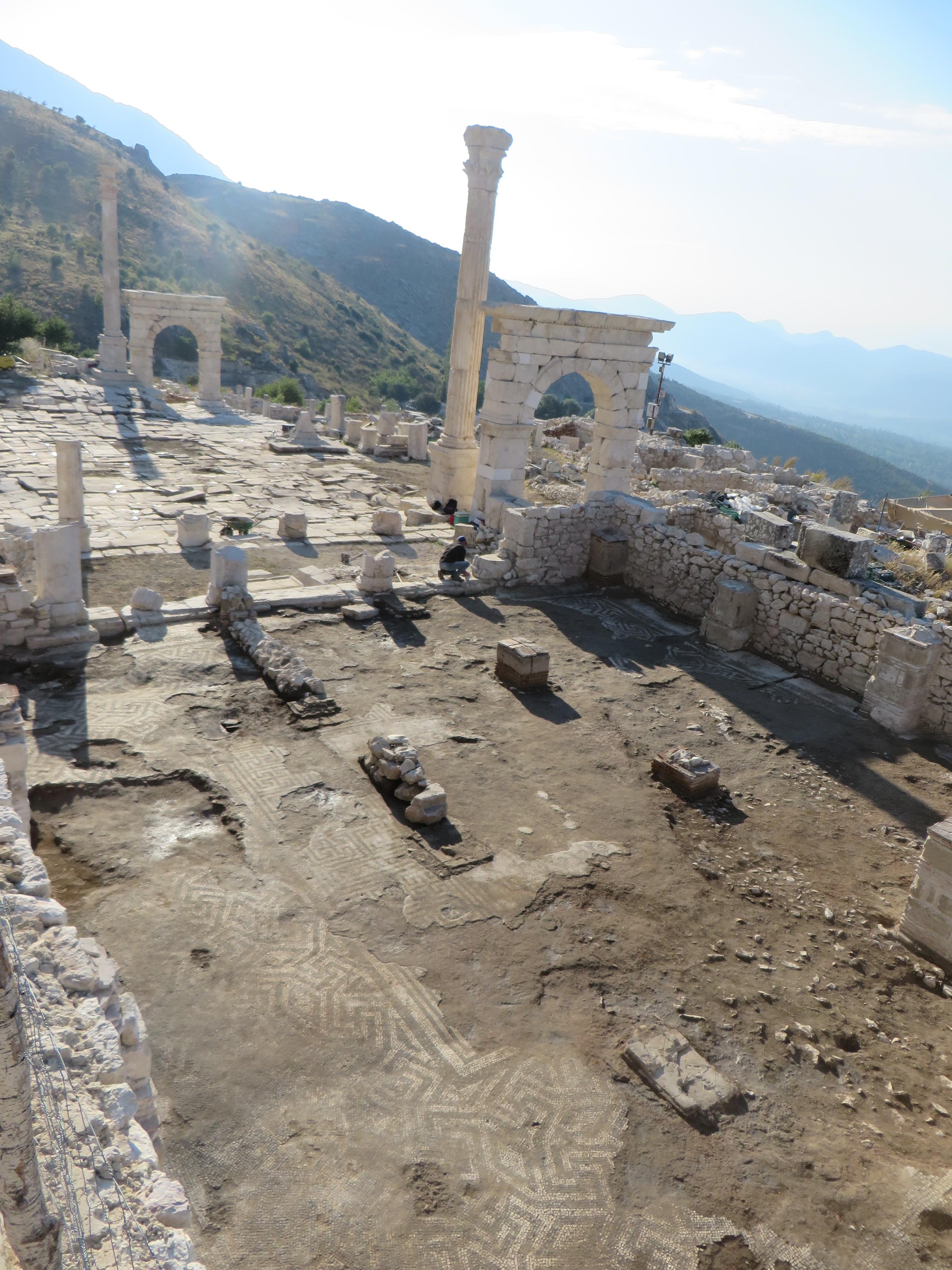 Yerel prytaneion'un kazısı yapılmış kalıntıları.