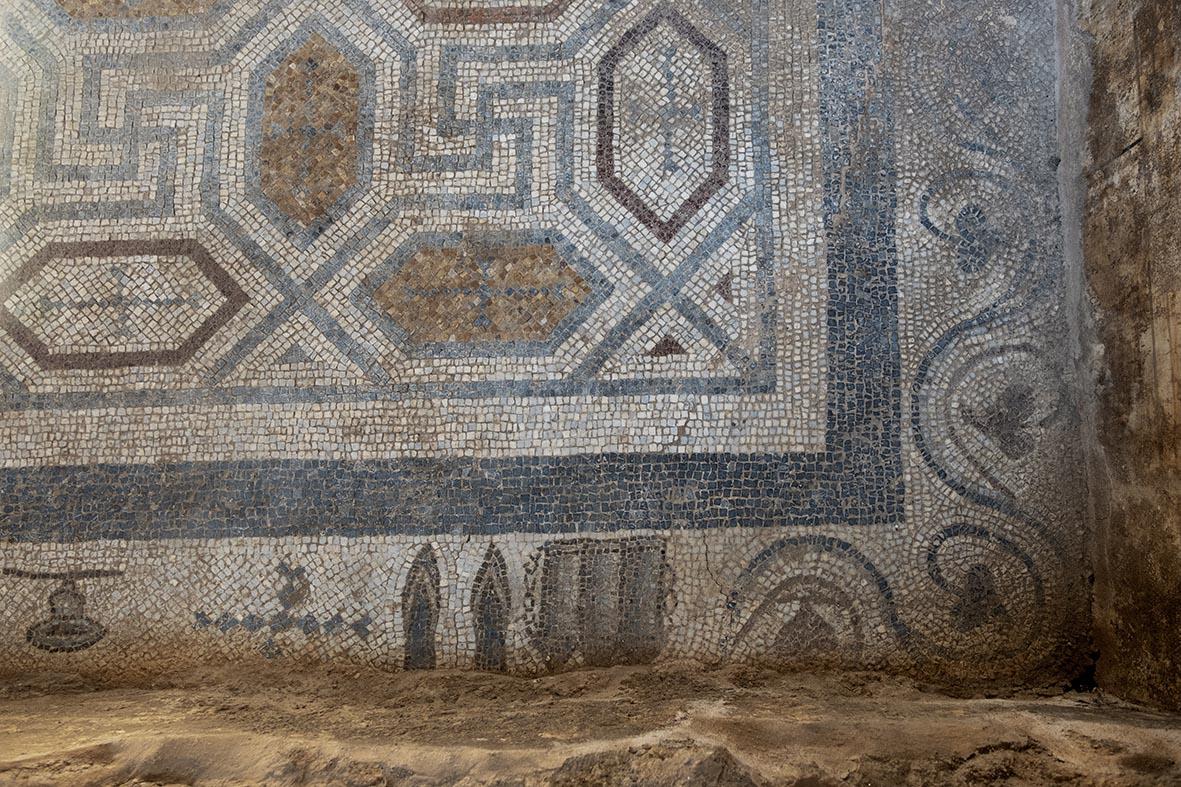 Antandros Roma Villası Hamamı mozaik detayı  (Fotoğraf; Firdevs Sayılan)
