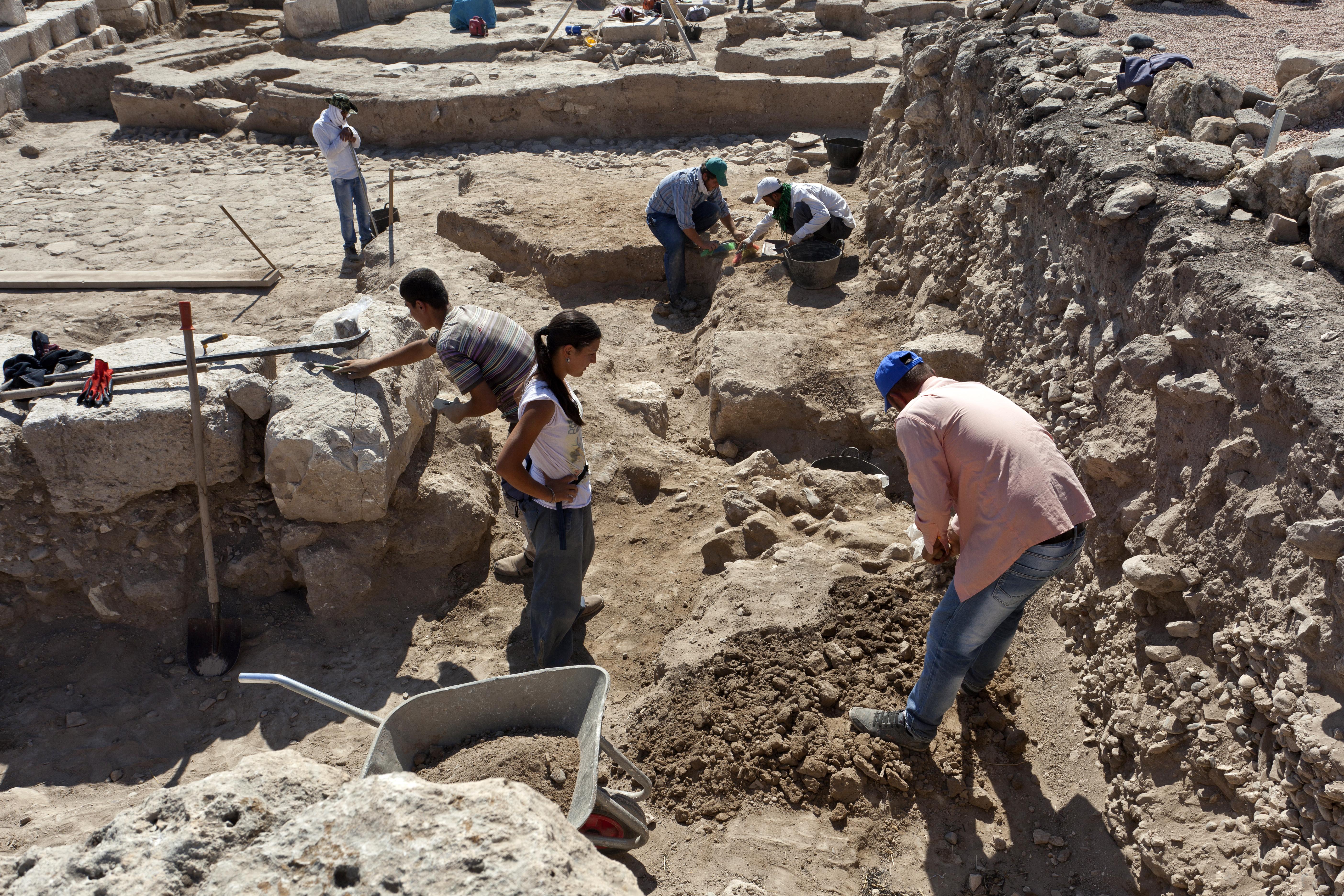 Karkemish 2015 kazı çalışmaları, Aktüel Arkeoloji Dergisi